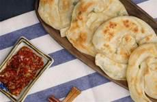 有鍋就能做的簡單酥脆蔥油餅|外脆內軟