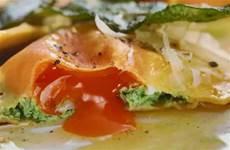 蛋黃菠菜流心餃!義大利餃子居然這麼驚豔,饞蟲分分鐘被勾起來咯!